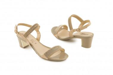 Comfy heel rhinestone...