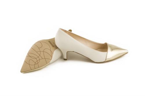 Pointed low heel pump 4 Passi