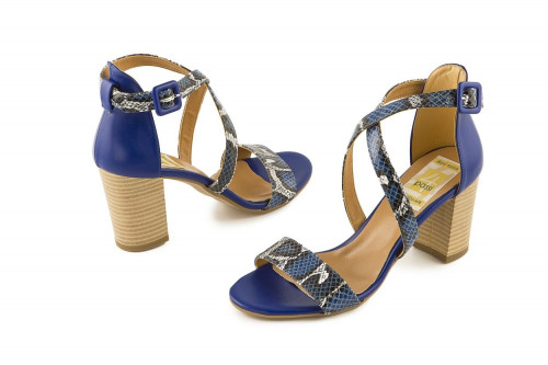 Phyton print block heel...
