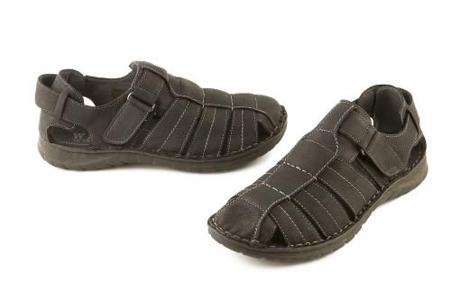 Leather closed toe sandal...