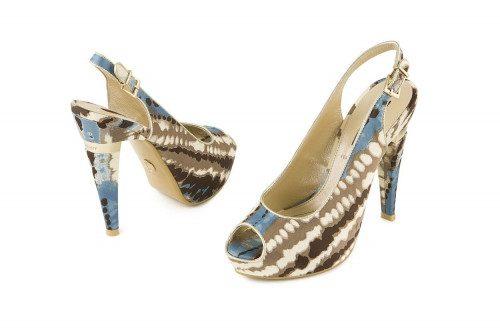 Heeled coloured sandal...