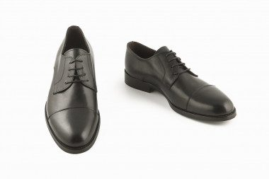 Back elegant derby shoe...