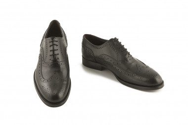 Black oxford classic shoe...
