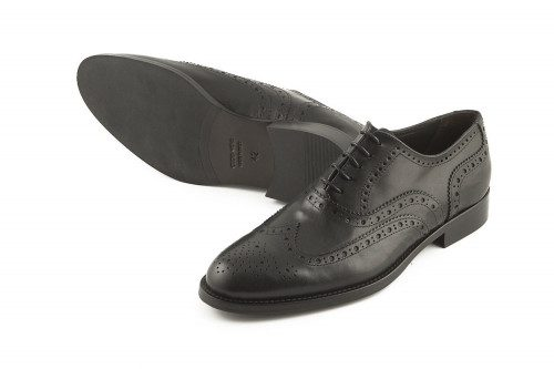 Black oxford classic shoe...