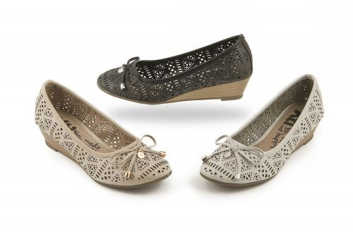 Wedge ballet pump with...