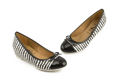 Two-tone wedge ballet pump...