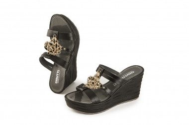 Summer wedge slide sandal...