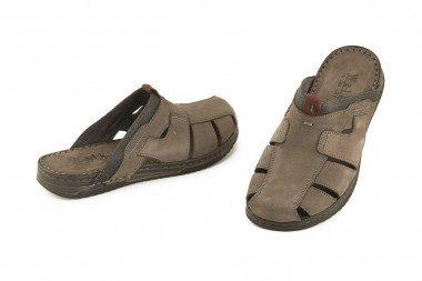 Closed toe leather men's...