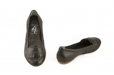 Fringed leather loafer...